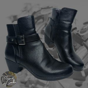 Coach and Four Black Recover Booties - Size 6